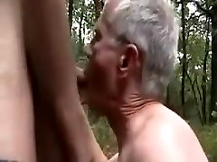 sexo in the woods