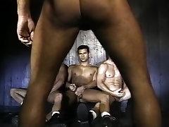 शानदार, में, हस्तमैथुन, dildos के gloves strangle के साथ समलैंगिक xxx दृश्य