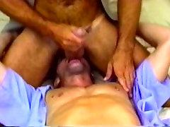 Pasakains vīrietis pornstar neticami vienots, dildorotaļlietas homo seksa ainas