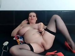 Redheaded amateur sasha grey gat with a sex toy on webcam show