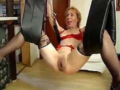 Submissive hindi audio debed get pussy clamps before fisting