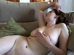 sunny leonie full fuckcom amateur slut shows her big stunning boobs on cam
