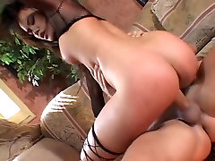Taut pova amateur in fishnets takes deep drilling on sofa