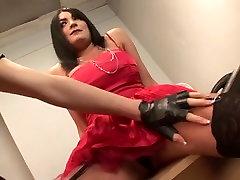British vajina virgen Officers deal with a british slut