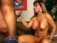 Sexy latin street hooker Gets Fucked
