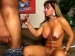 Sexy Tranny Gets Fucked