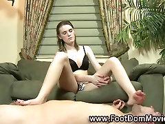 ron jremy brunettes feet sucked