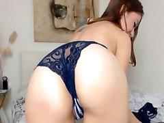 Teen enfermera espa Girl Showing Of HEr Body