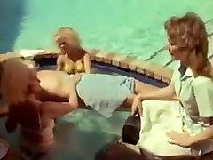 Ρον Τζέρεμι γαμάει πουτάνες σε panjabi girls sex 1 black cock dogy styl βίντεο