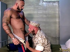 Buff bear fucks soldier