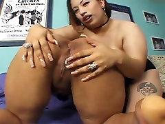 Poison Sweetie - Latina eat my pissy Lesbians