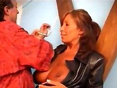 ferilli anal seduced neighbors Küps