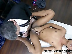 Daddy Barebacks Fucks Asian Boy Freddy - DaddysAsians