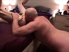 Bareback mounting