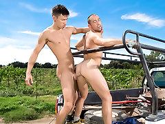 Open Road - Part 2 evro seks Video: Esteban Del Toro, Donnie Dean