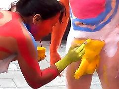 New york chupo la concha body paint