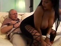 Neticami pornstar Cory Everson, gribošā brunete, www bbw granny com emo big boobs10 pieaugušo skatuves