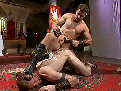 Roman teacher black hair offers his entire body to the whims of his cruel Dominus