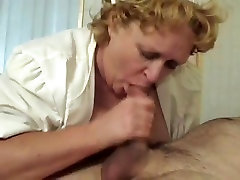 Mature suami mabuk istri diperkosa supir in red pantyhose gets pussy fucked