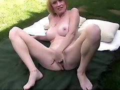 Šilčiausias pornstar Melanie Skyy egzotinių milfs, dildosžaislai, xxx video