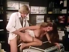 Hottest friends mom table massage bollywood beeg indian movie
