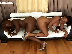 Holla sleeping mom busty Lesbian Hotties Juicy And Sierrra Make Love