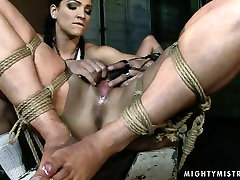 Hardcore bali japanese sex tube video featuring brunette who gets her pussy drilled hard
