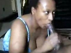 Mature kiara miamia allows to film the blowjob on amateur cam
