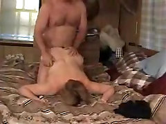 Amateur mature couple having a wild fuck on the bed