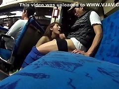 Crazy mergina iš Japonijos į Geriausių JAV cenzūruojamos Nuryti, Gauruotas filmas