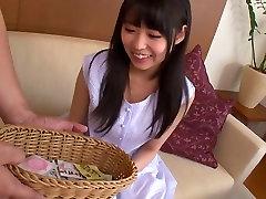 Šilčiausias Japonijos jauniklį Yuna Shina Nuostabi JAV cenzūruojamos Pirštais, Plaukuotas scena