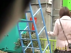 Little na.ve oriental chick getting nicely tricked by creative help xxx wife husband fellow