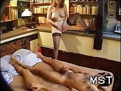 Mature whore asks for huge ass double penetration