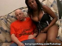 Busty ebony slut sucking cock and get banged hard