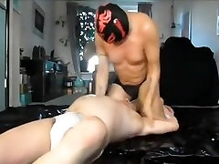 Szalony mężczyzna w bajki sportów, skąpiec gej porno klip