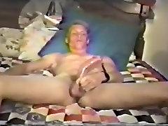 Pārsteidzošs vīriešu eksotisko handjob, vienotu homo porno klipu