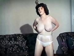 TEENAGE KICKS - vintage 80&039;s big tits, tantsu-ribad