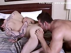 Karstākie vīriešu horny grupu seksu, orālo seksu ar geju seksa klipu