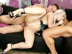 Threesome sex with blonde maid Chocky White
