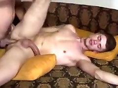 A str8 man is fucked by R.P 4 cash