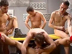 Neticami vīriešu pornstar, traks dildorotaļlietas, vienotos par geju porno klipu