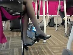 Candid Flight Attendant Shoeplay Feet Nylons Pantyhose 2