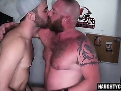 mom fuckig brazer video son anal rimming with cumshot