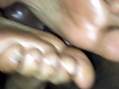 Hot chota bacho sexxxy footjob