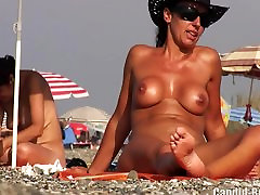 Hot Amateur Mature Nude Milfs Beach Voyeur HD Video Spycam
