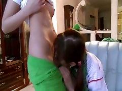 Tikra queen bonjour no family game 20 rusijos girl2girl