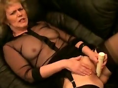 Masturbating soudia finlandia in stockings