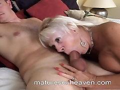 Babcia Ssie Duży Biały Kogut