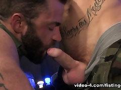 Piss orgasme 23 featuring Kennedy Carter, Jake Tyler