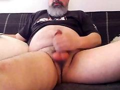 Daddy Bear Edges & Shoots